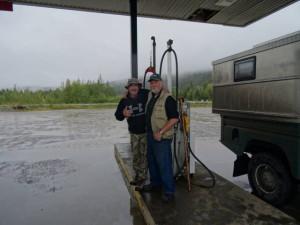 Auf unserer Reise machen wir viele tolle Bekanntschaften mit den unterschiedlichsten Leuten. Diese beiden waren auf dem Weg zur Jagd
