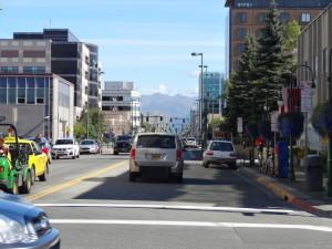 Anchorage ist eine lebhafte Stadt.