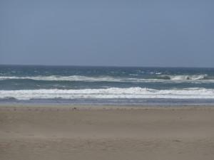 Das Wetter war schön, aber kühl und die Wellen wären zum Baden sowieso zu hoch.