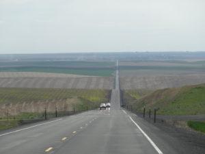 Wir fuhren durch einsame Landschaften.