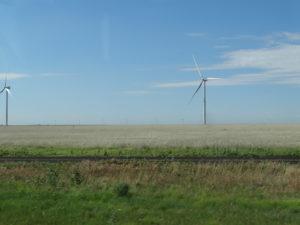 In Texas änderte sich die Landschaft. Riesige Getreidefelder mit Windmühlen.