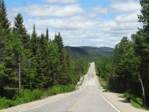Die ersten Kilometer bis zum Kraftwerk war die Strasse asphaltiert und gut.